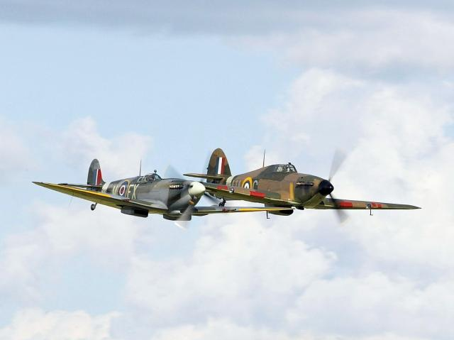 Spitfire and Hurricane. 556D0174 2_ copy 3.jpg