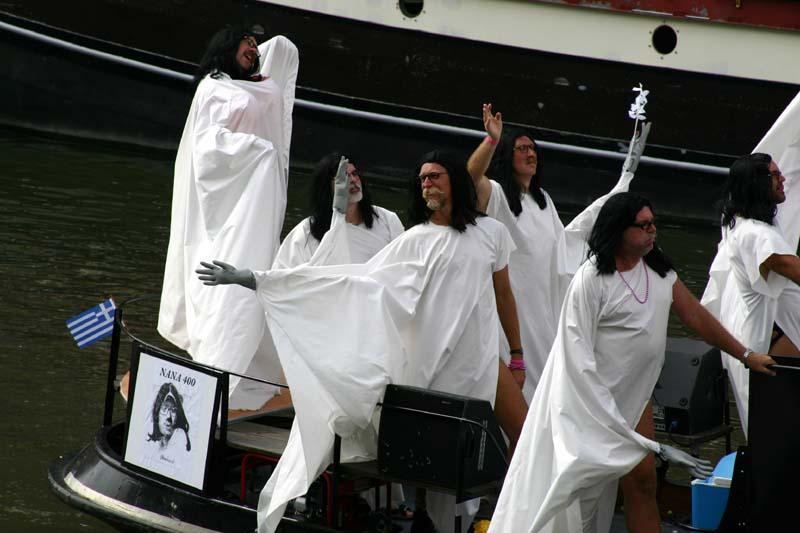 Nana Mouskouri Farewell Tour on the AYOR