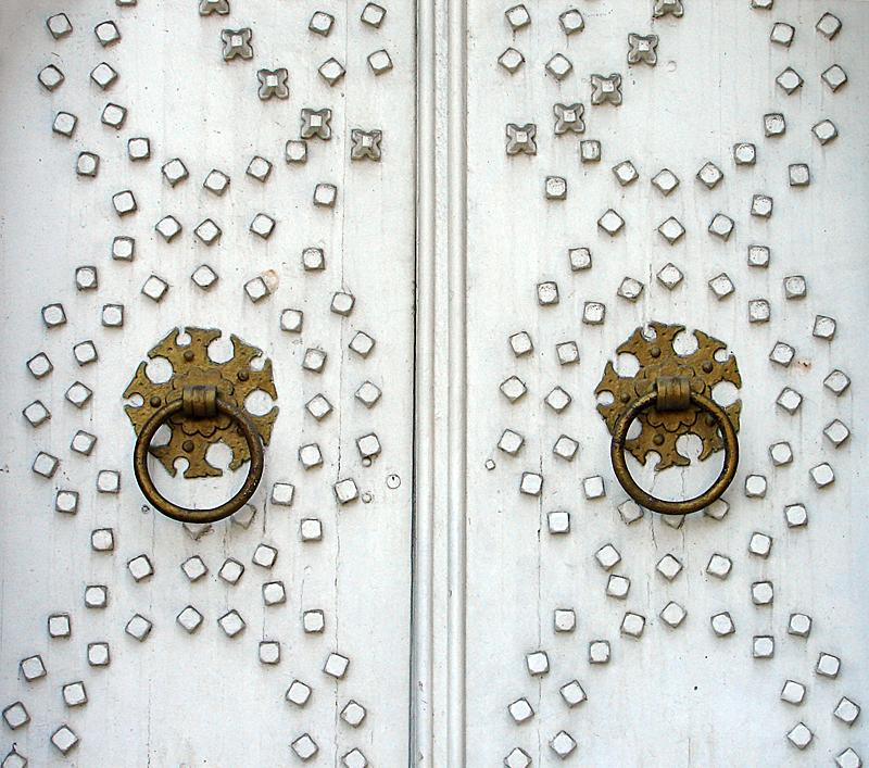 The White Door (White Challenge)