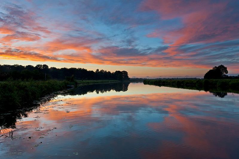 12_Sep_10 Vecht River Sunset