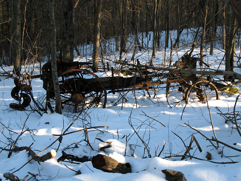 An old abandoned manure spreader