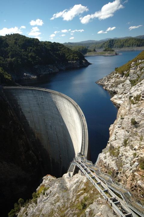 Lake Pedder dam