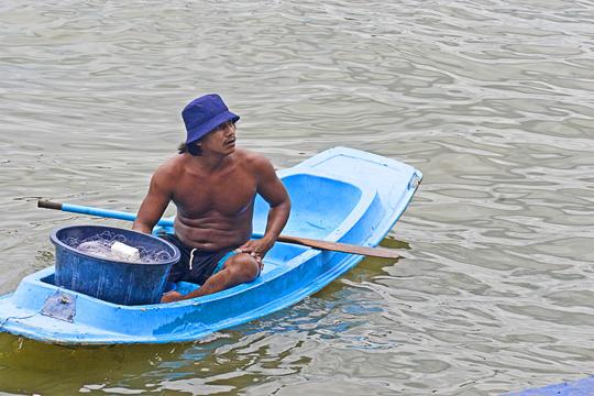 canal fisherman, bangkok