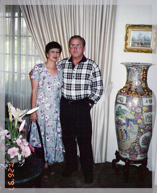 Carolina Romasanta-Chezik & hubby KEN
