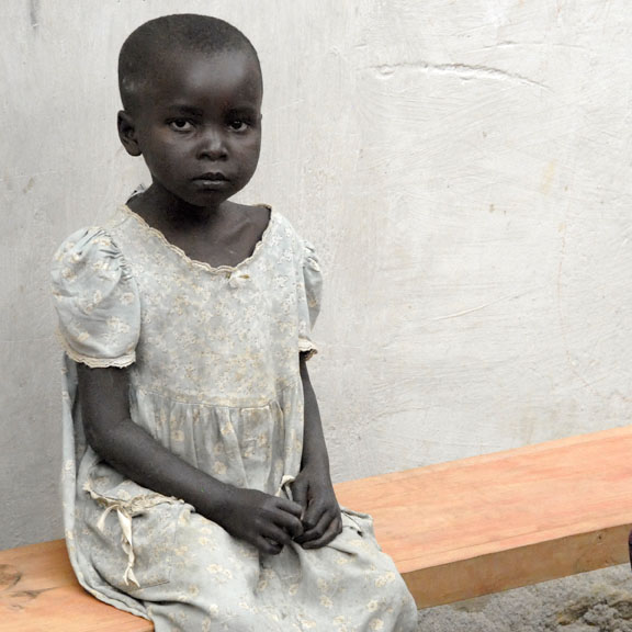 4/22/06 - Ghost<br><font size=3> ds20060314a_0138aw Gisenyi Ghost Girl.jpg</font>