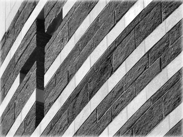 Mario Botta: Chiesa di San Giovanni Battista in Mogno (TI)