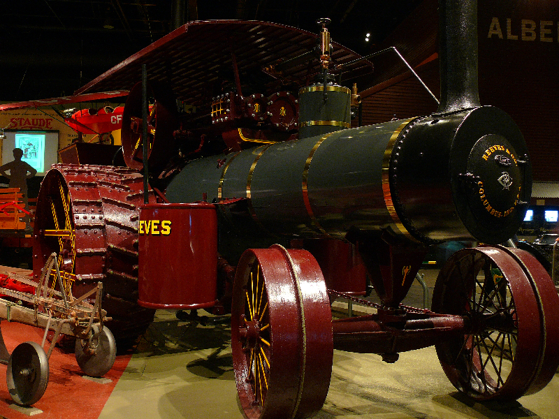Reeves traction engine.jpg