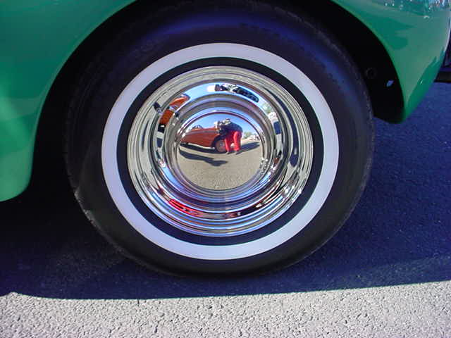 1940 Buick special wheel