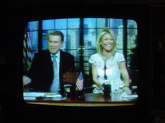Regis and Kelly<br> live on NBC USA