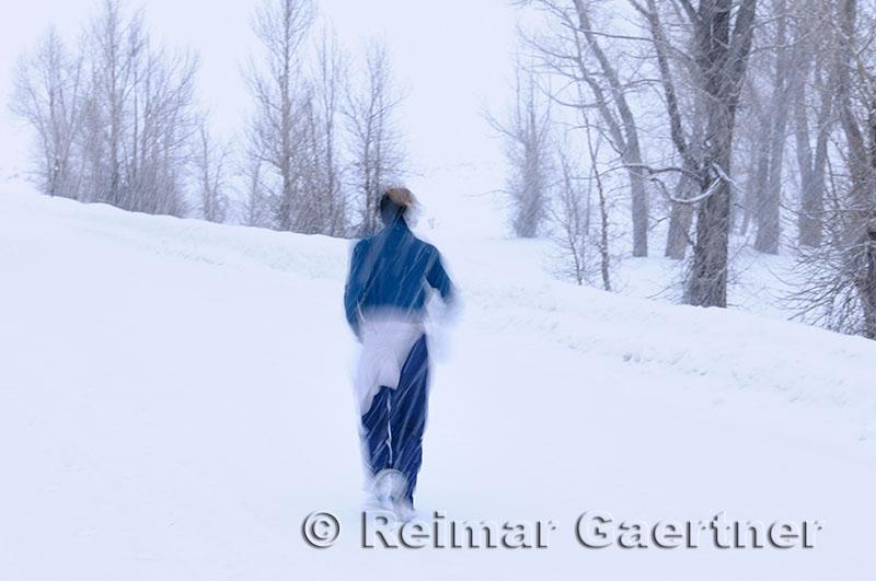 196 Jogging in Snow.jpg
