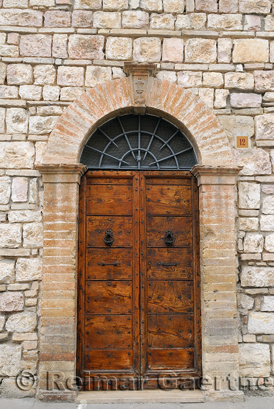 131 Door in Assisi.jpg
