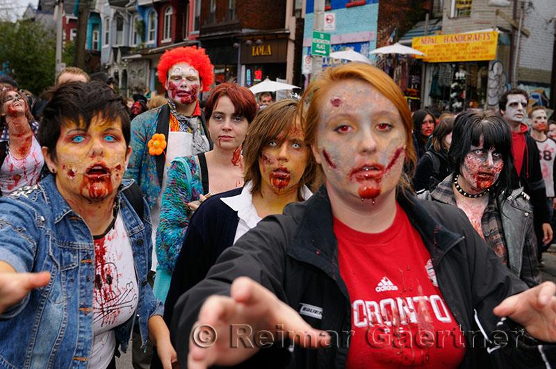 218 Zombies 3.jpg
