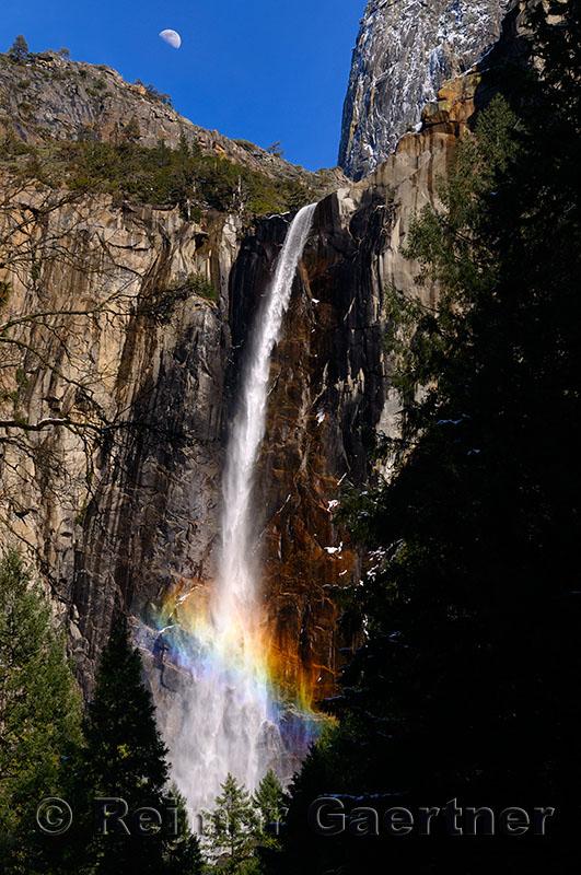 229 Bridalveil Fall rainbow.jpg