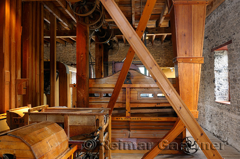 238 Lang Mill interior.jpg