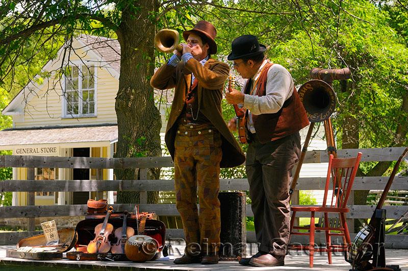 238 Pioneer music 2.jpg