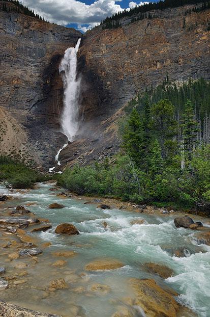 Takakkaw Falls 5.jpg