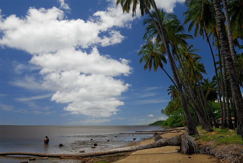 79 Fishing on Molokai.jpg