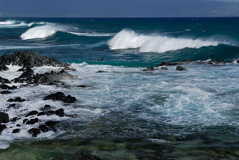 83 Hookipa surfer.jpg