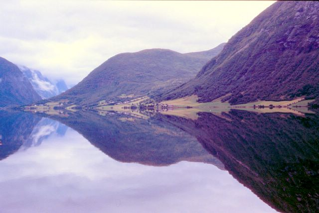 1992 - fjord 005.jpg