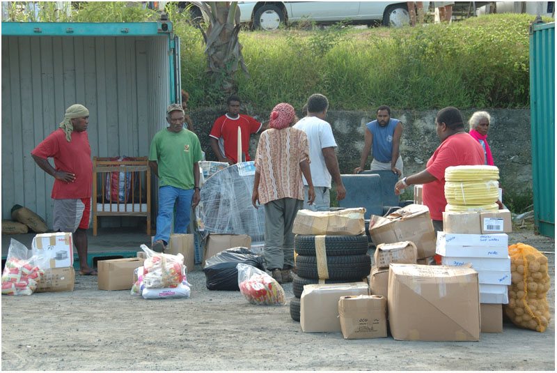 Port de Tadine - Déchargement du Havannah