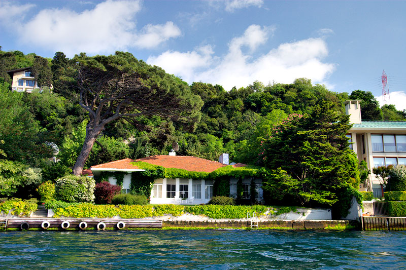 Bosphorus Strait home
