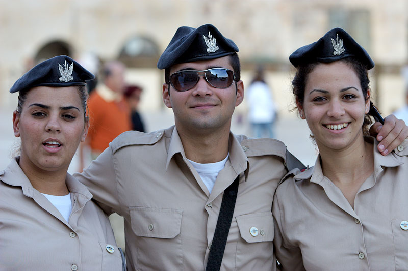 Air force soldiers