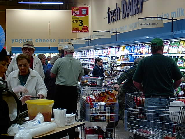 Hannafords Opening Day - 6/10/06