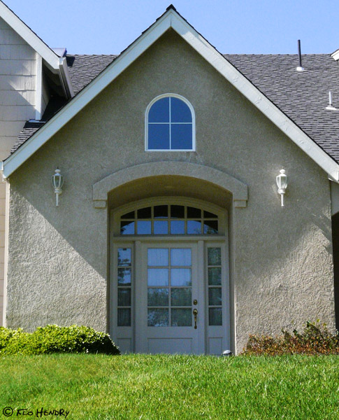 Arch Top Window - A Simple Exterior