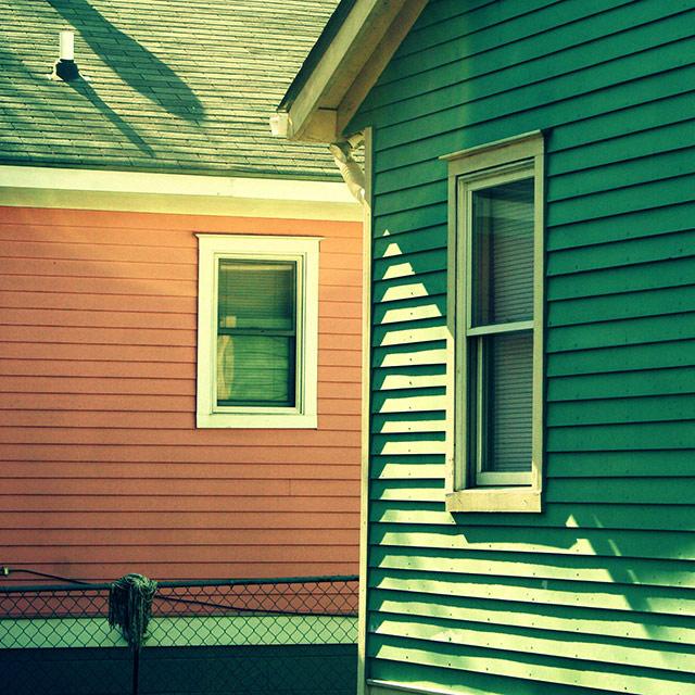 tw* houses