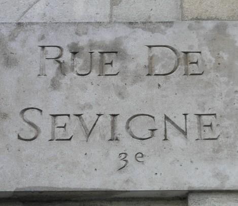 Old rue de Sevigne sign