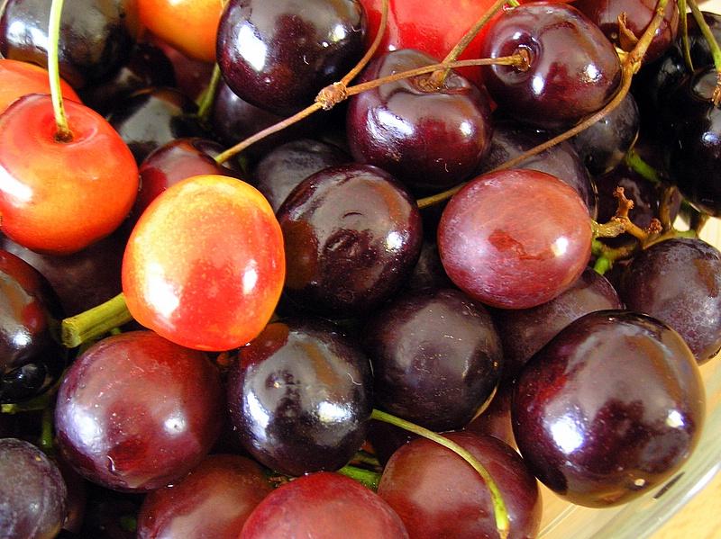 black cherries & white cherries.JPG