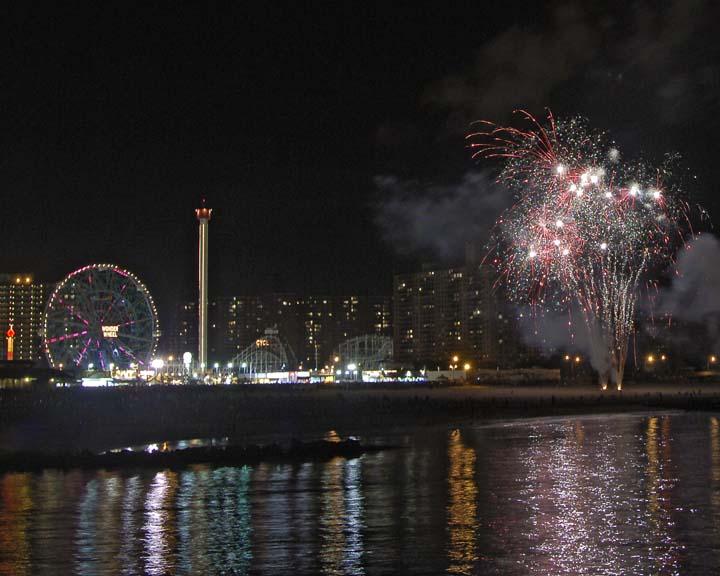 Coney Island fireworks 046.jpg