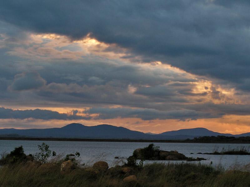 Last sunset of 2004 / Ultimo ocaso del 2004