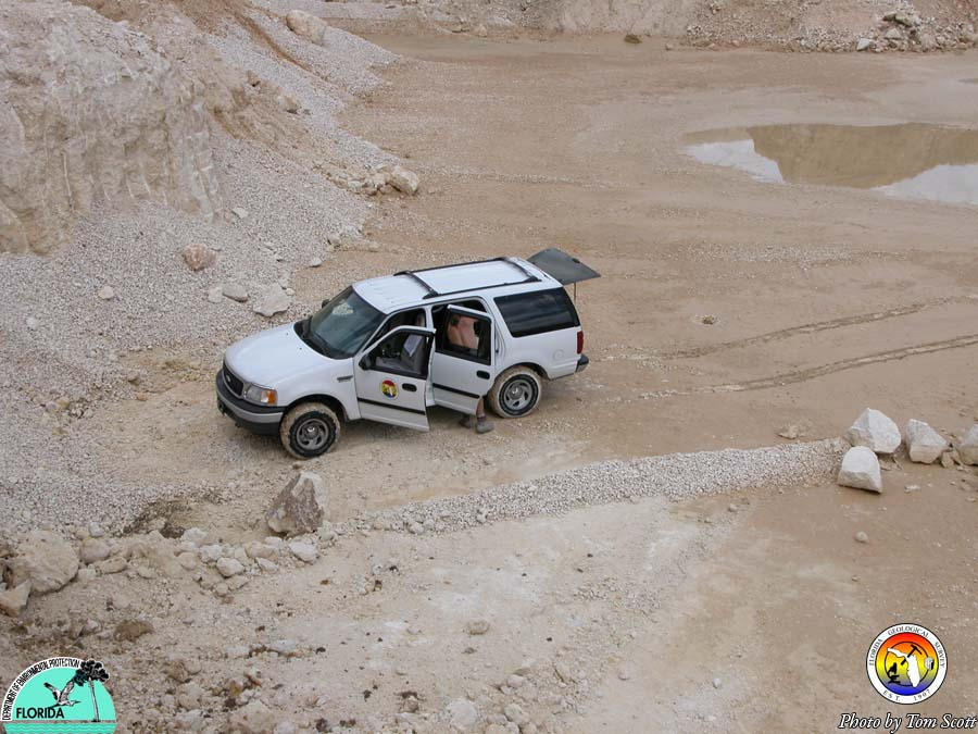FGS Vehicle at Carroll 2003.JPG