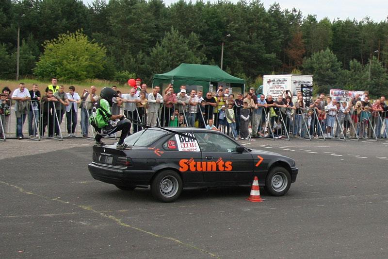 Stunts show