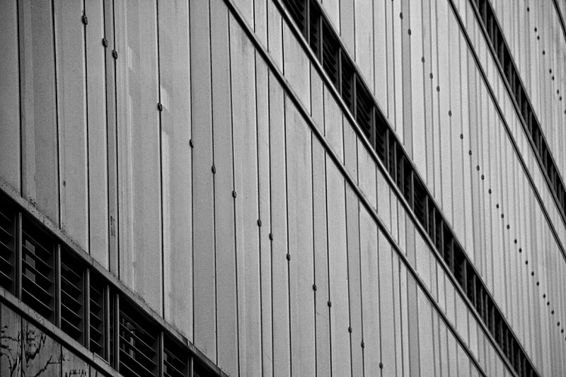 Institute of Applied Linguistics - Uniwersity of Warsaw - Lines of architecture of wall