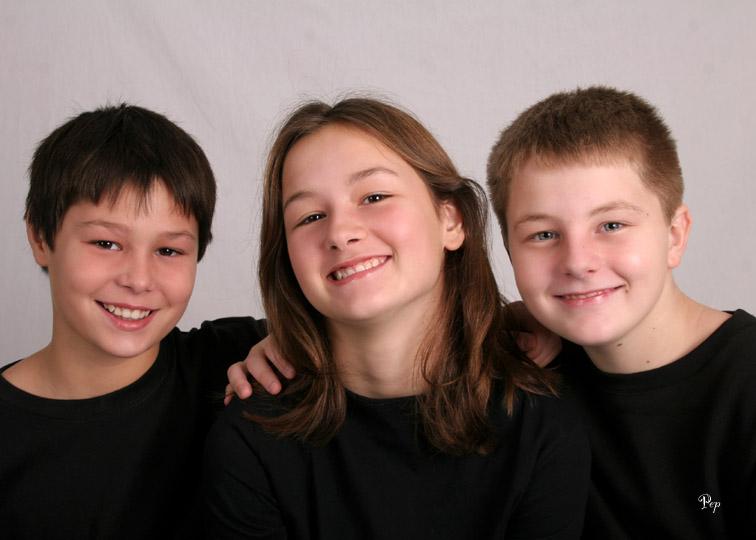 Nov. 28, 2005 - Graham family kids