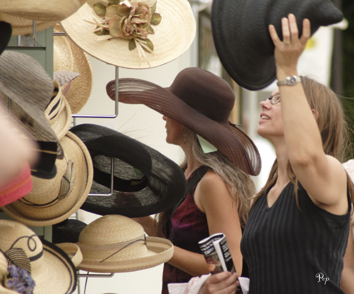 July 22, 2006 - Hats at the Art Fairs