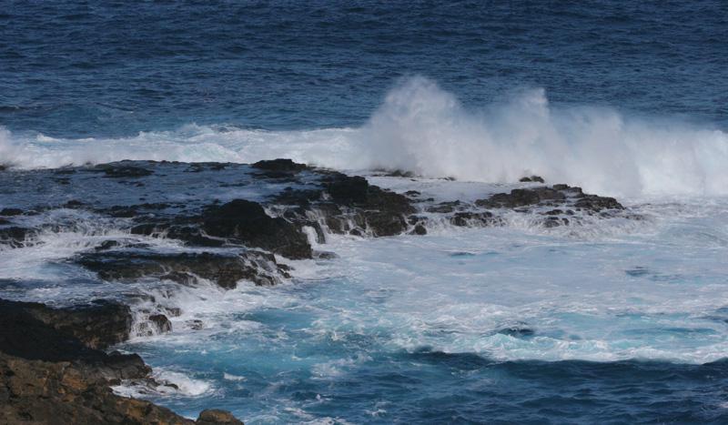 Kilauea  Waves