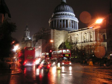 St.Pauls Cathedral in the rain