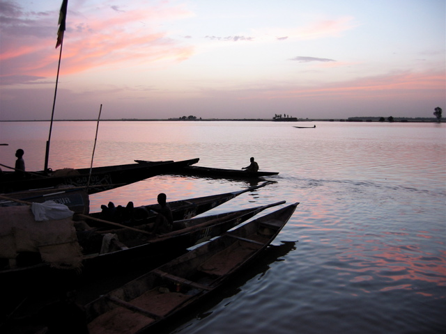 pirogue boats, mopti
