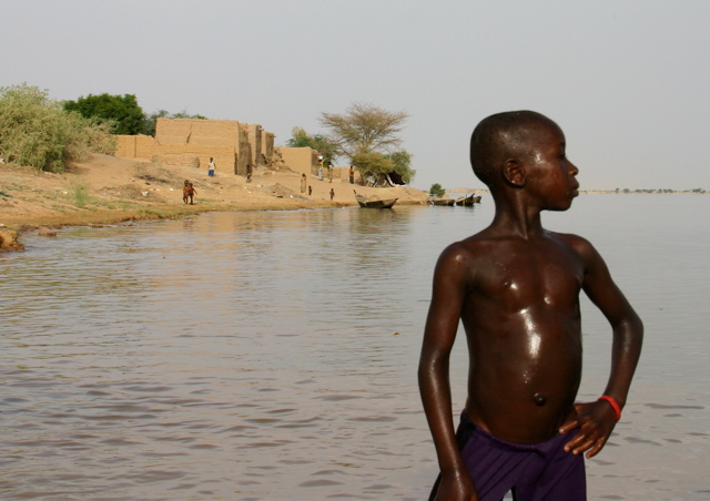 strike another pose, river niger