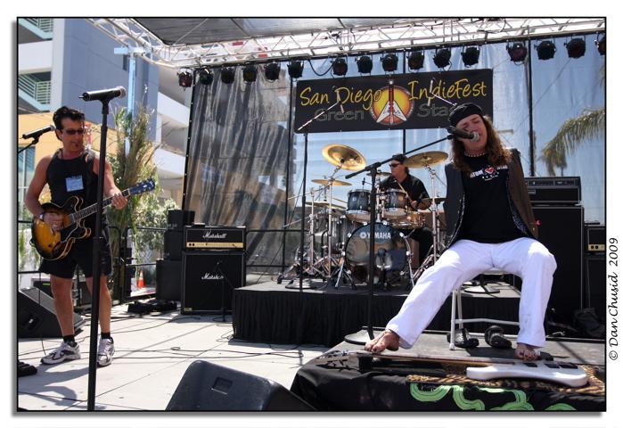 Big Toe featuring Mark Goffeney