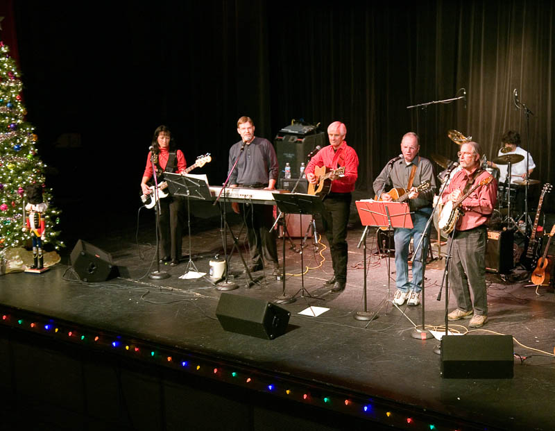 05-12 Jug Band at Elks Theater 01.jpg