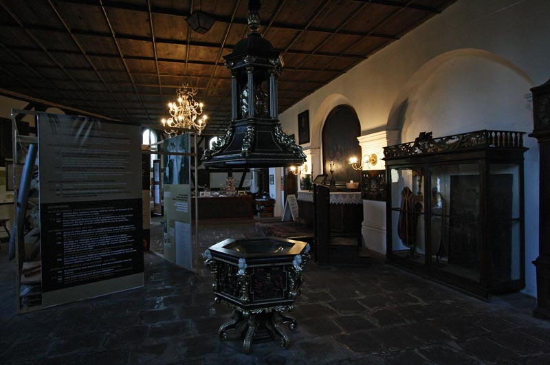 Swidnica Church of Peace13.jpg