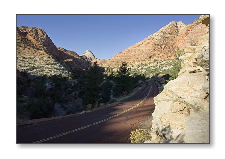 <b>Zion - Mt. Carmel Highway</b><br><font size=2>Zion Natl Park, UT