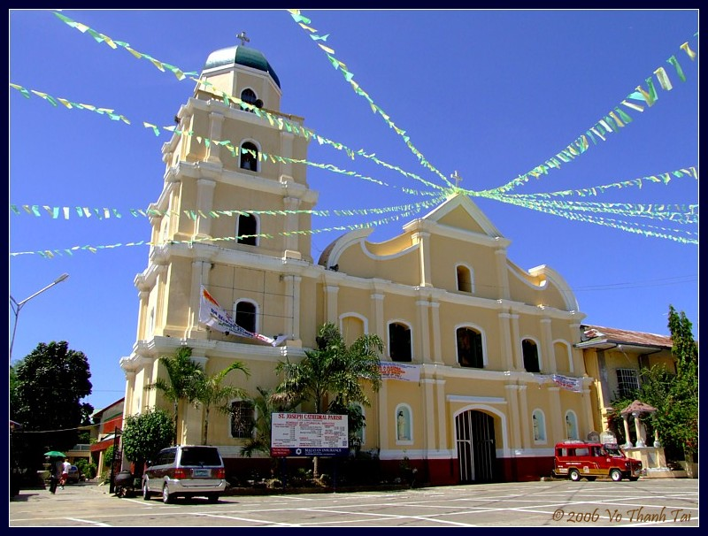 Alaminos main church