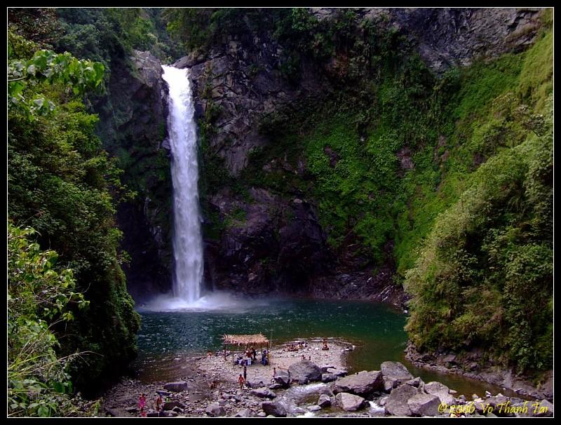 Tappia waterfall (21m high)