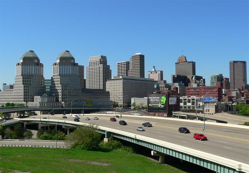 CincinnatiSkylineDay1k.jpg
