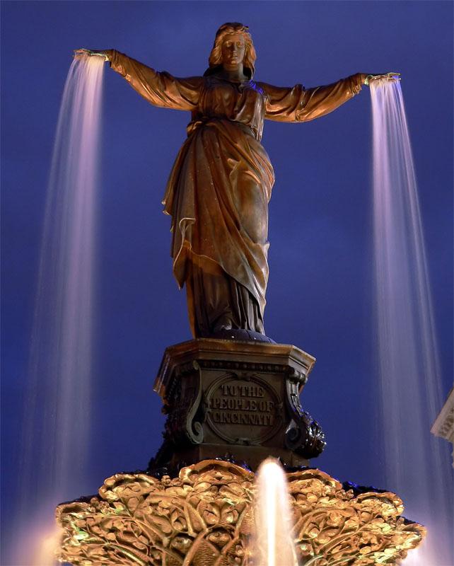 FountainSquare2m.jpg